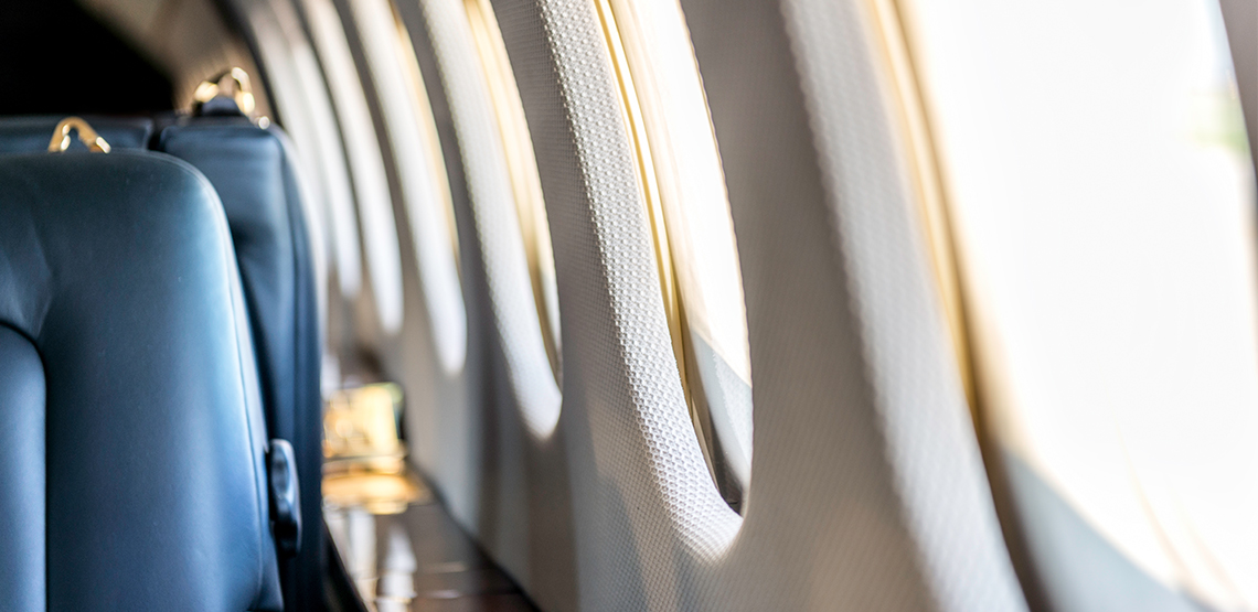 Comfort and Convenience: How to Pick the Best Airplane Seats