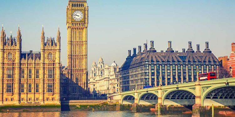 London tower, parliament and bridge.