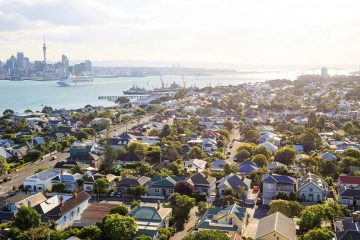 suburbs in auckland, new zealand by the water
