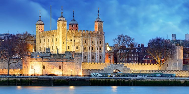 The Tower of London lit up at night