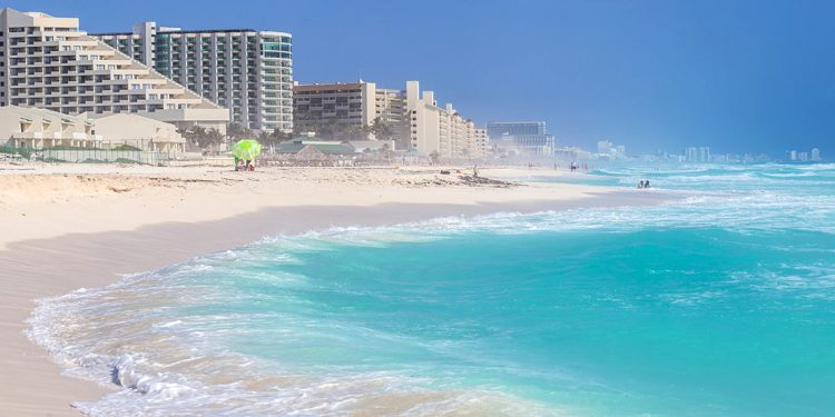 Hotels along Cancun beach