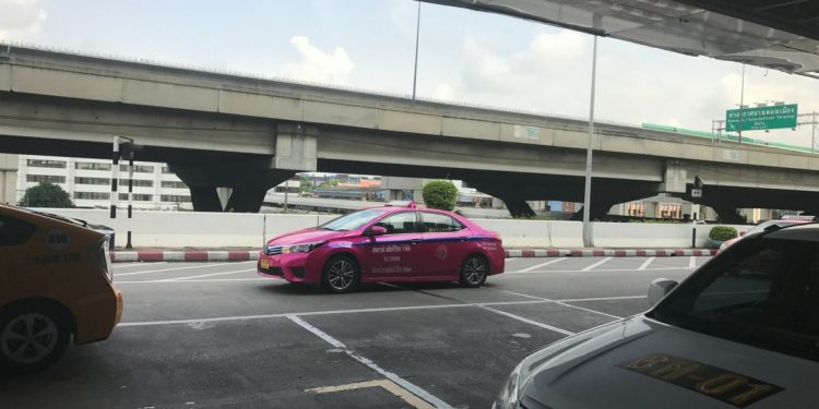 A pink taxi in Bangkok