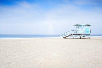 Zuma beach with lifeguard hut