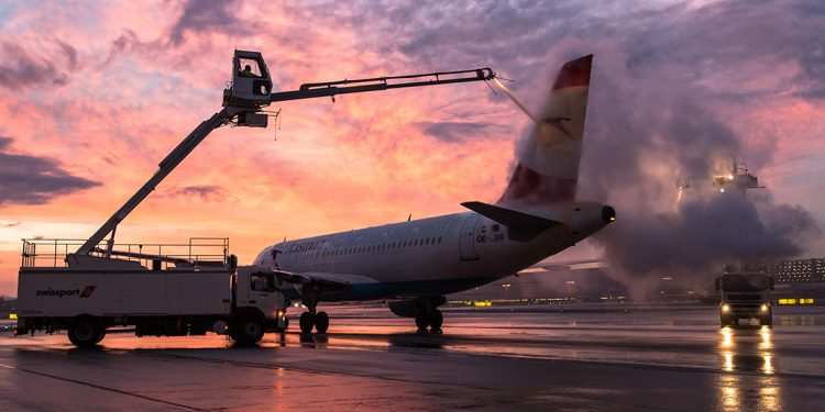Austrian Airlines plane getting ready for take off