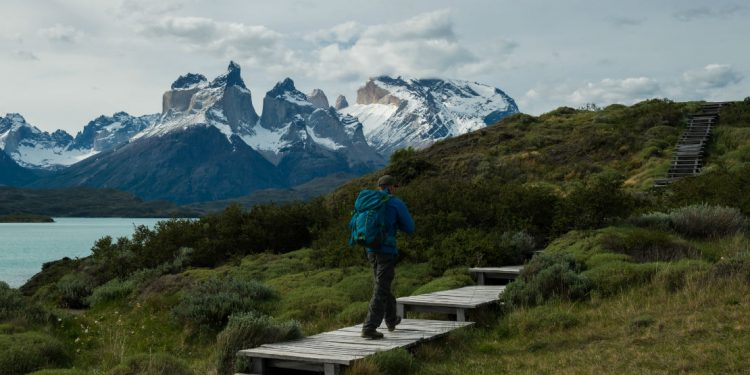 Man hiking W circuit in Torees del Paine