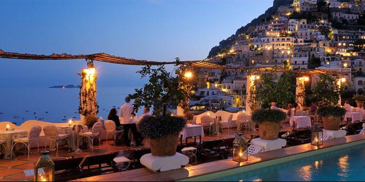 Terrace at Le Sirenuse