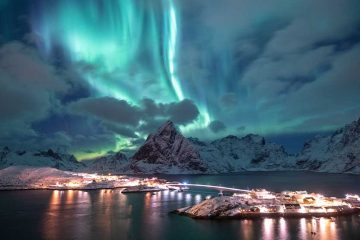 Alaska's Northern Lights scenery.